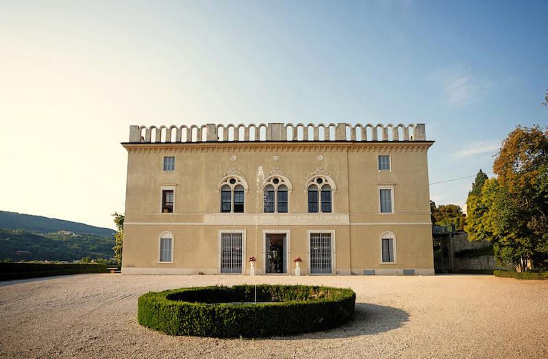 luxus-hochzeit-italien-villa-traumkulisse