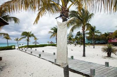 brautkleid-strand-karibik